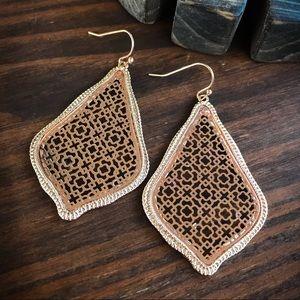 Jewelry - Gold Filagree Trellis Earrings